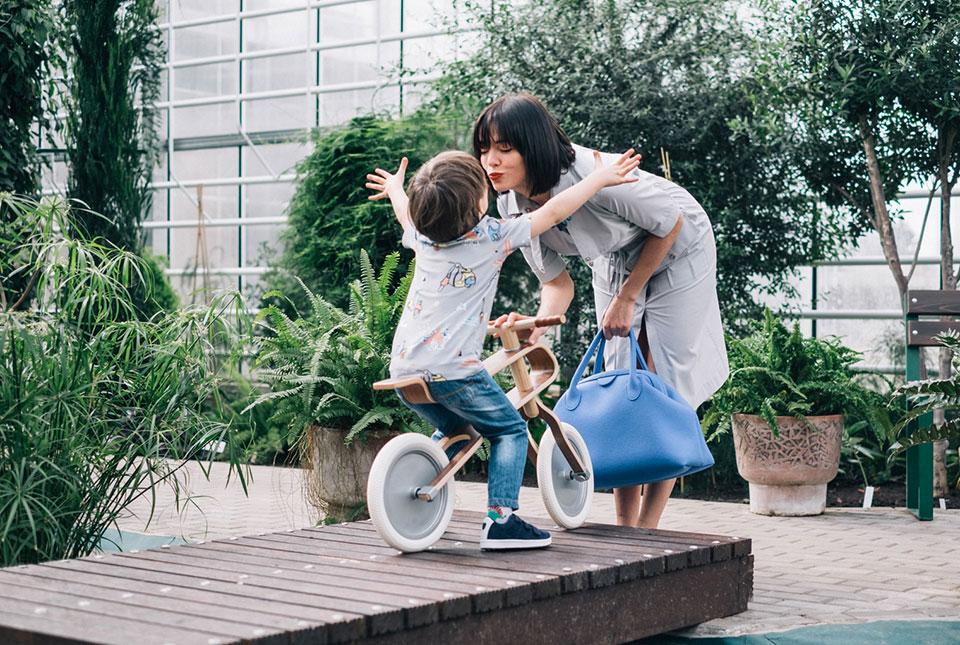Brum Brum - Niño con la bicicleta1