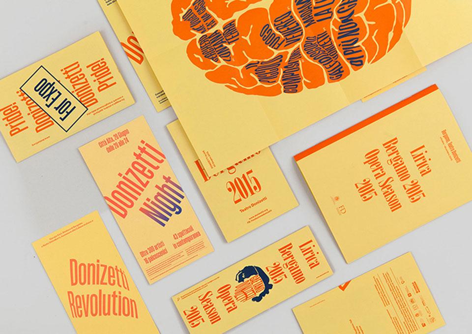 Teatro Donizetti Bérgamo - folletos de nueva identidad visual1