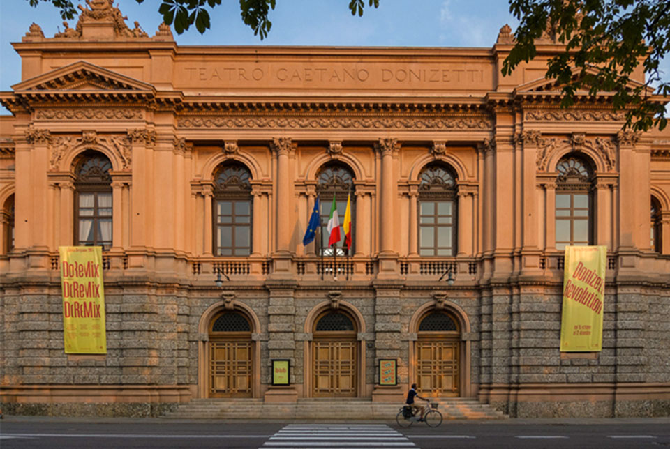 Teatro Donizetti Bérgamo - edificio1