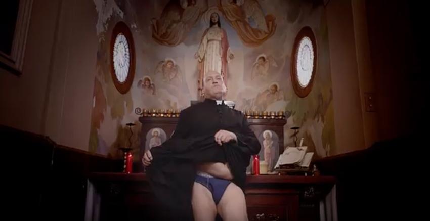 La hipocresía española reflejada en el spot del Salón Erótico de Barcelona 2016 -7