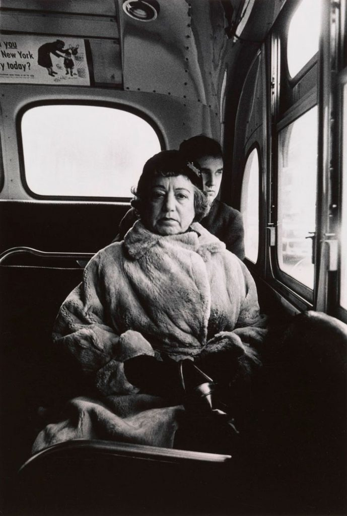 Lady on a bus, de Diane Arbus