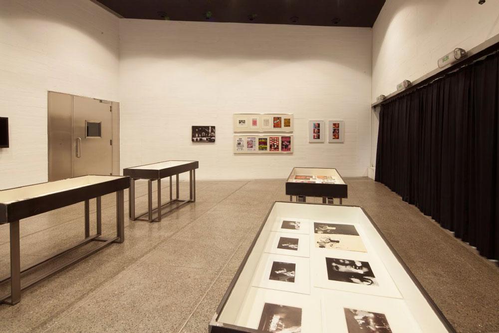 El MUSAC expone una reinterpretación del espectáculo de The Velvet Underground