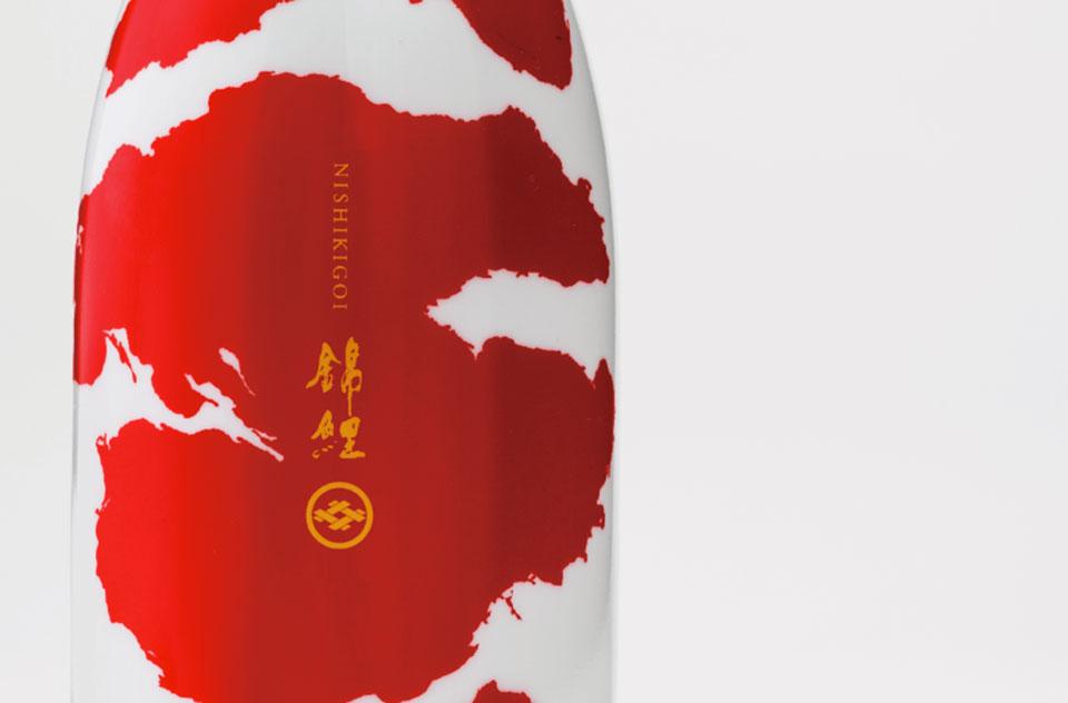 Pentawards 2016 - Botella sake cerca1