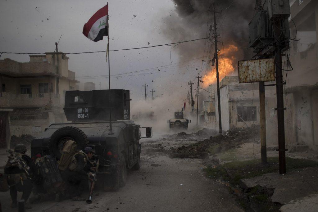 Felipe Dana (Brasil) por Battle for Mosul
