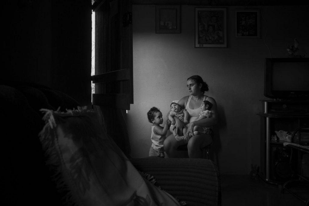 Lalo de Almeida (Brasil) por Victims of the Zika virus