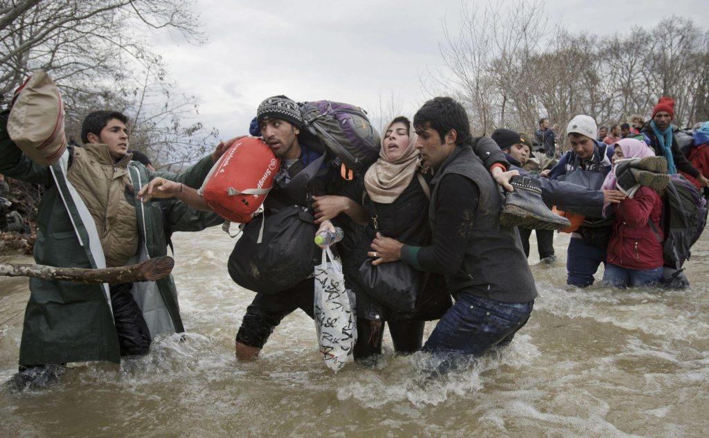 Vadim Ghirda - Migrant Crossing