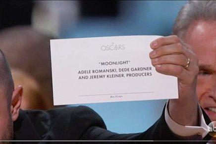 Así se debería haber diseñado la tarjeta de los Oscars para haber evitado el error