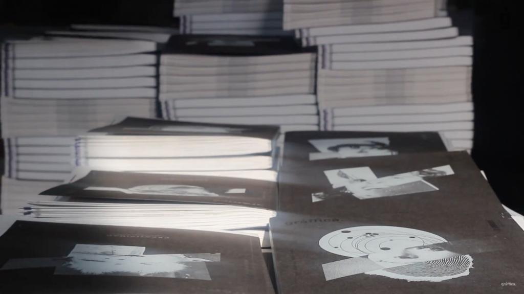4.000 portadas diferentes, tinta blanca digital,… Así se hizo Gràffica #4 - 9