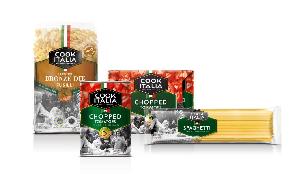 Envases de 'Cook Italia' con el nuevo logo