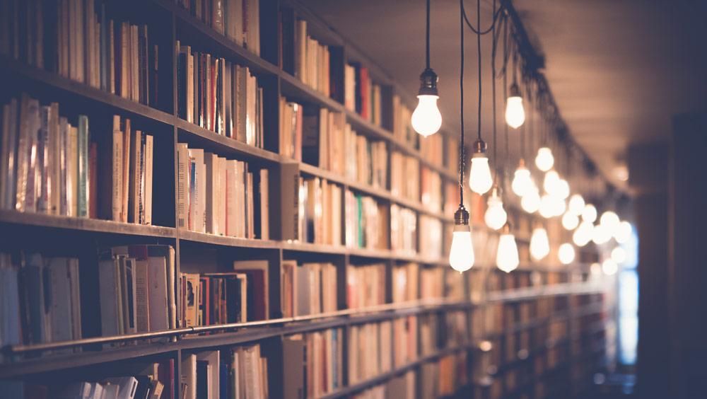 Top 5 de libros que deberían estar en la biblioteca de todo estudiante de diseño - libros par estudiantes de diseño
