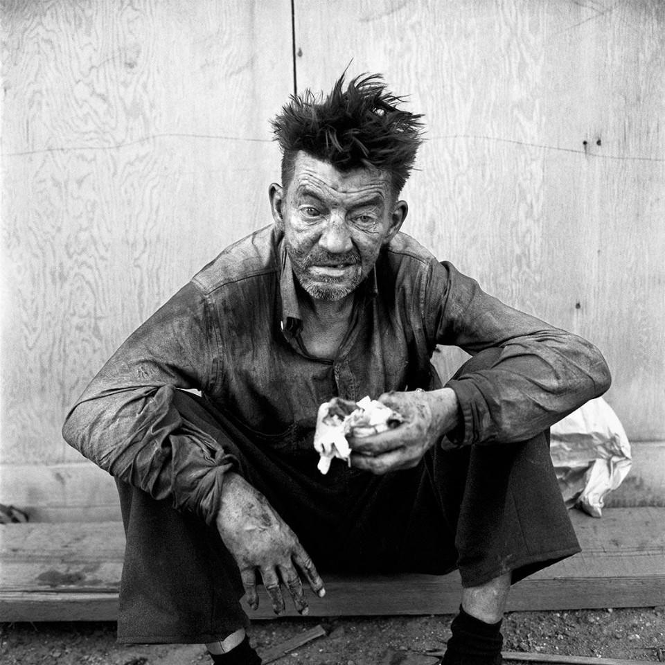 Imagen persona pobre, por Vivian Maier