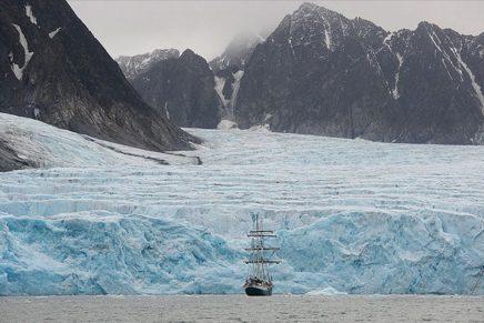 Han Sungpil nos descubre en Polar Heir la cara menos conocida del Polo Norte y Polo Sur