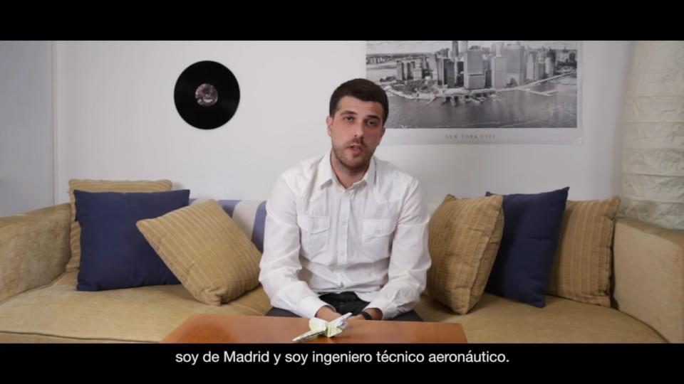 Juanjo Fernández es el joven que protagoniza la campaña #TuTítuloSíSirve