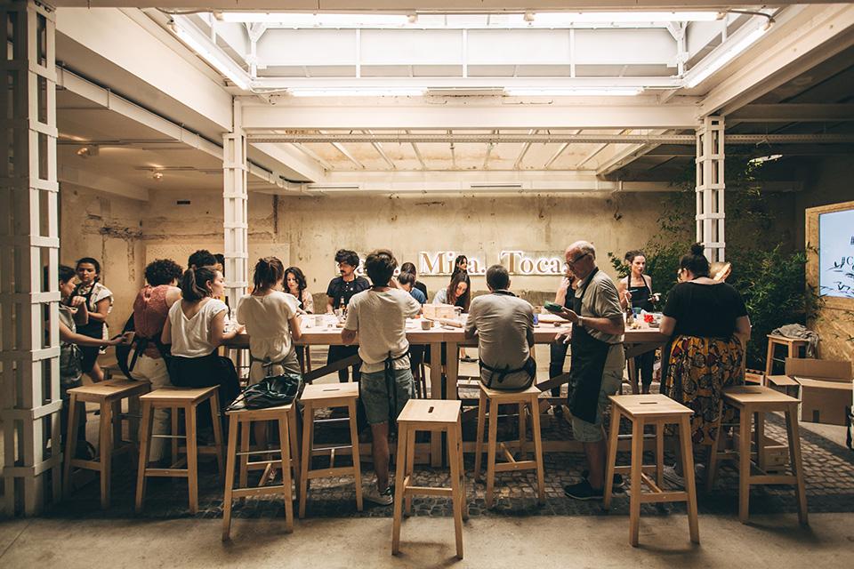 Cervezas Alhambra Para Mira Toca sillas 2