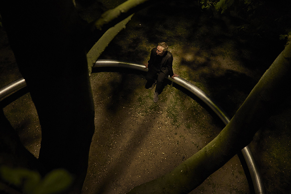 OUI anillo de noche con hombre 004