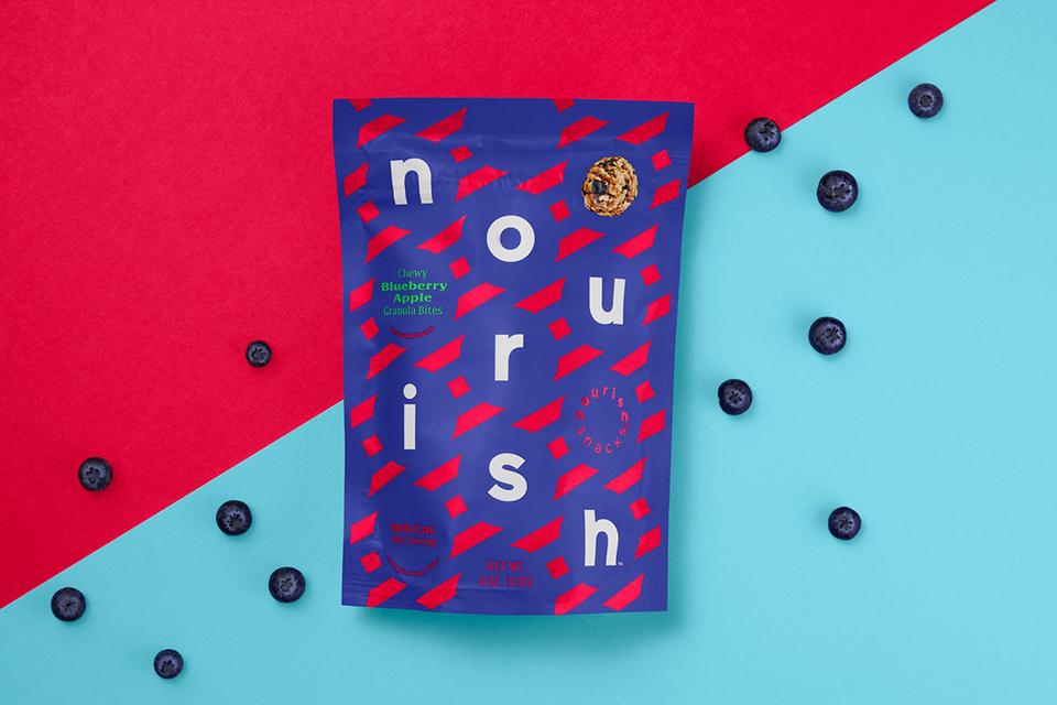 Los colores vivos reflejan la diversión, concepto al que se trata de asociar los aperitivos de Nourish Snacks