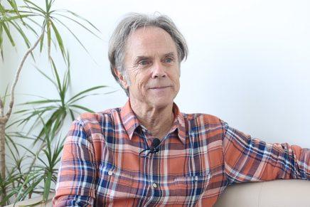 «Los clientes me han dado más libertad a mí que a muchos otros diseñadores», David Carson