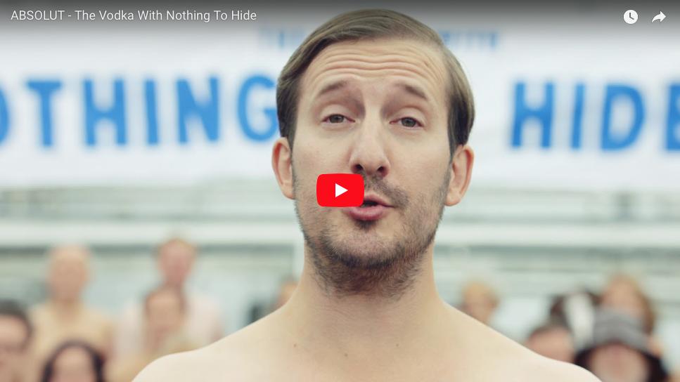 campaña absolut empleados desnudos