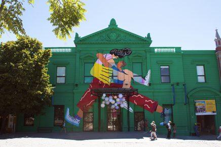 Sebastian Curi llena de amor el Centro Cultural Recoleta con sus ilustraciones
