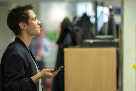 «Trabajar en el Gobierno como diseñadora es fascinante», Louise Downe