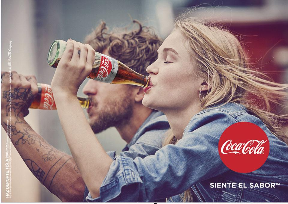 revista graffica 9 packaging coca cola dentro texto