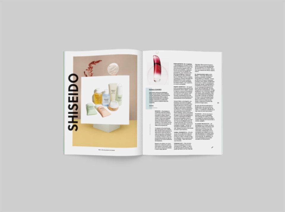 revista graffica 9 Shiseido mockup primero uno