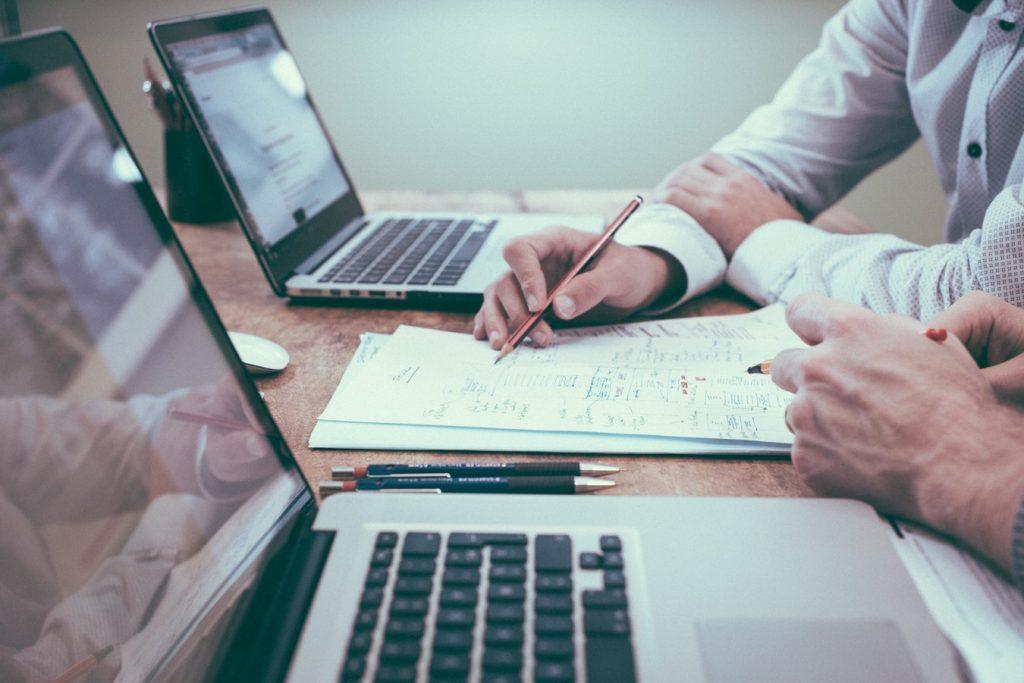 Diseño gráfico, de producto o interiores, todos tienen un mismo punto de partida: el briefing