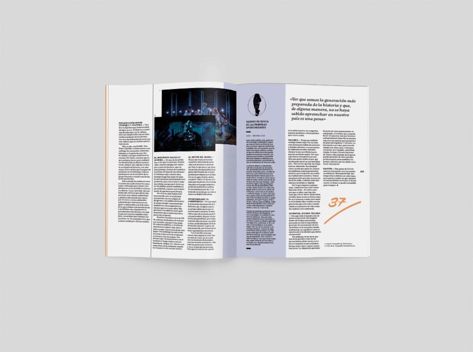 revista graffica 10 joven compania mockup3 tres
