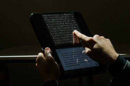BLITAB, la primera tableta táctil para personas con discapacidad visual