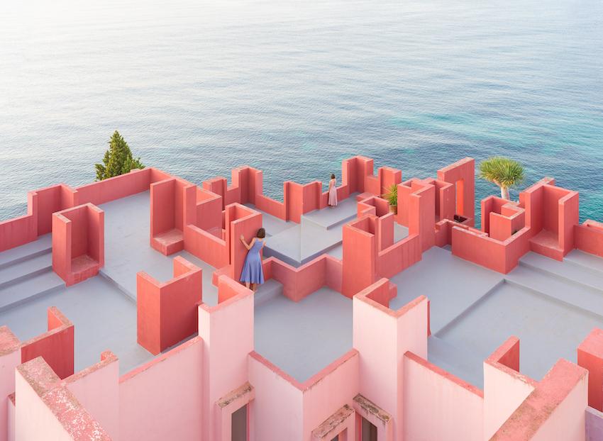 Pink a Boo!, el último proyecto de Anna Devís y Daniel Rueda - La Muralla Roja