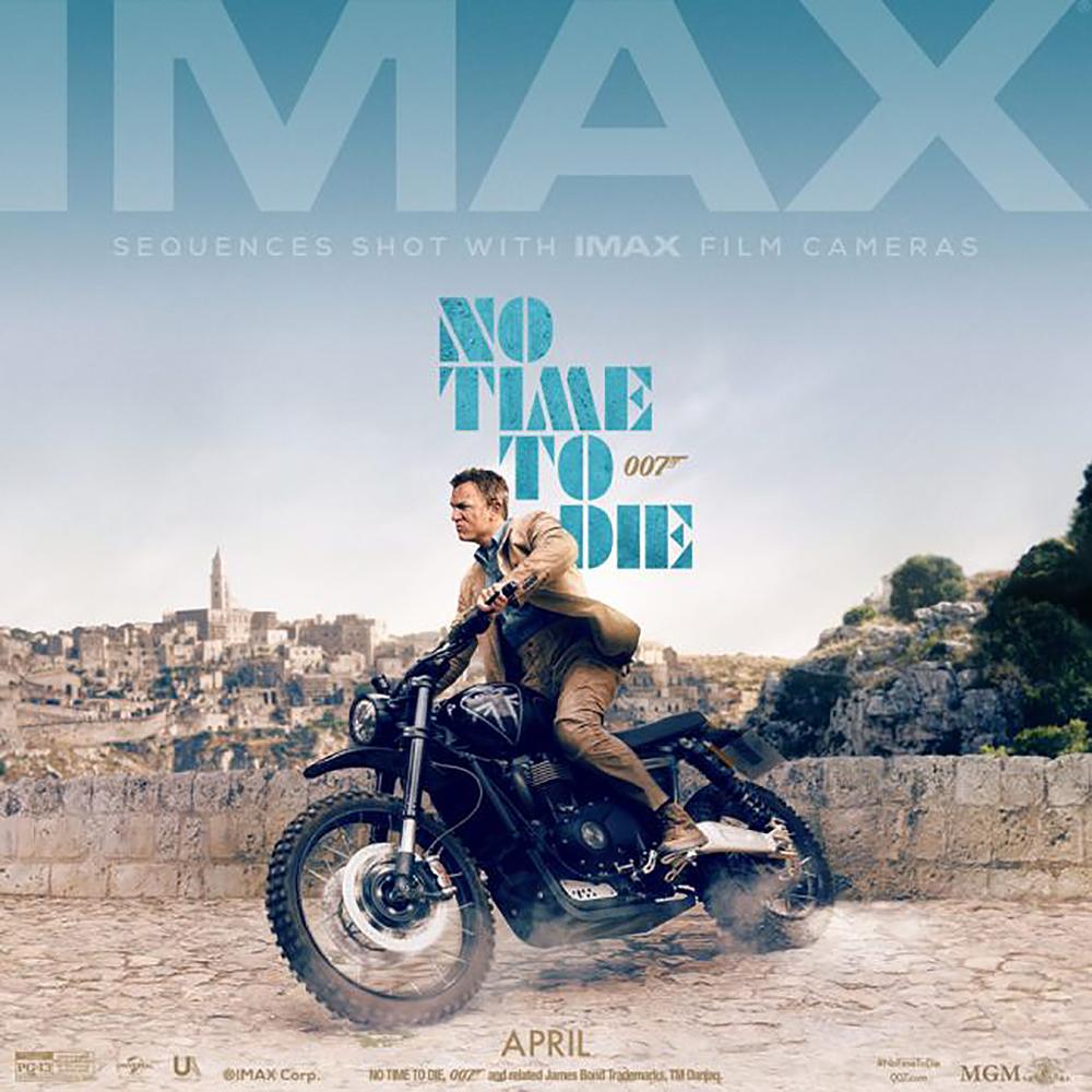 No time to die cartel de IMAX.