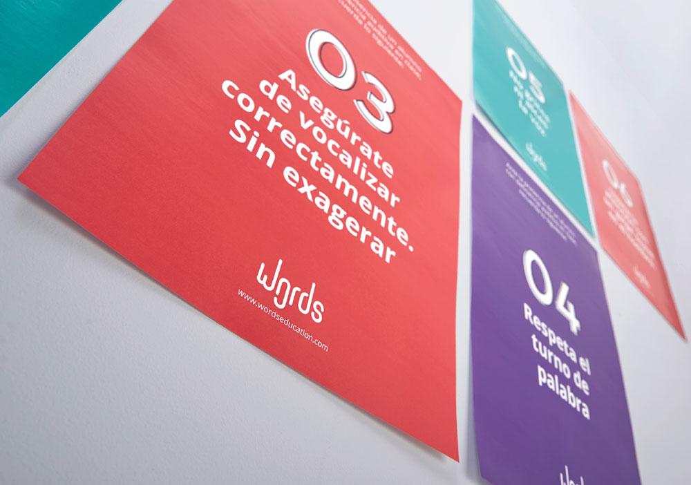 Words, la herramienta para ayudar a las personas con déficit auditivo, 3er Premio Acento G 2019 - carteles