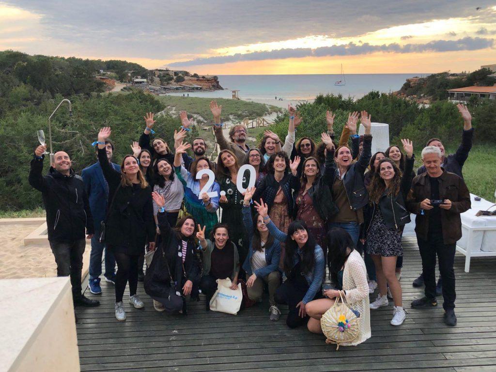 Vuelve Formentera 2.0, las conferencias sobre cultura digital y creatividad más paradisiacas. Participantes felices.