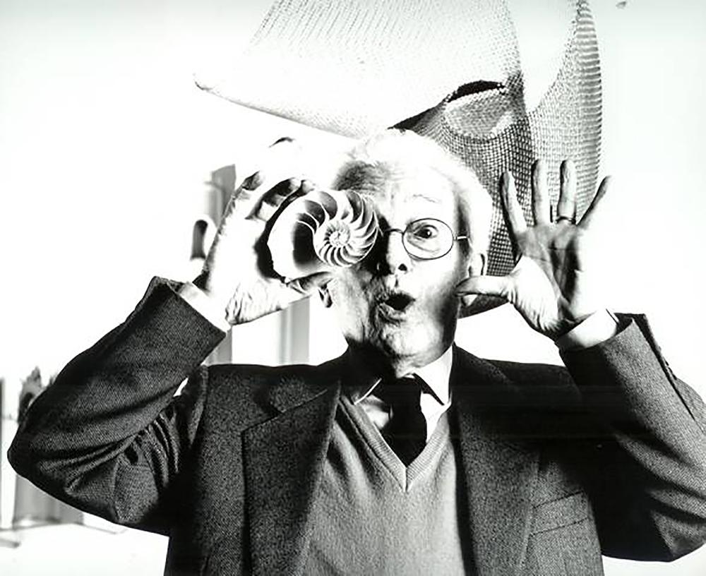 ¿Quién fue Bruno Munari? El diseñador con una caracola en el ojo.