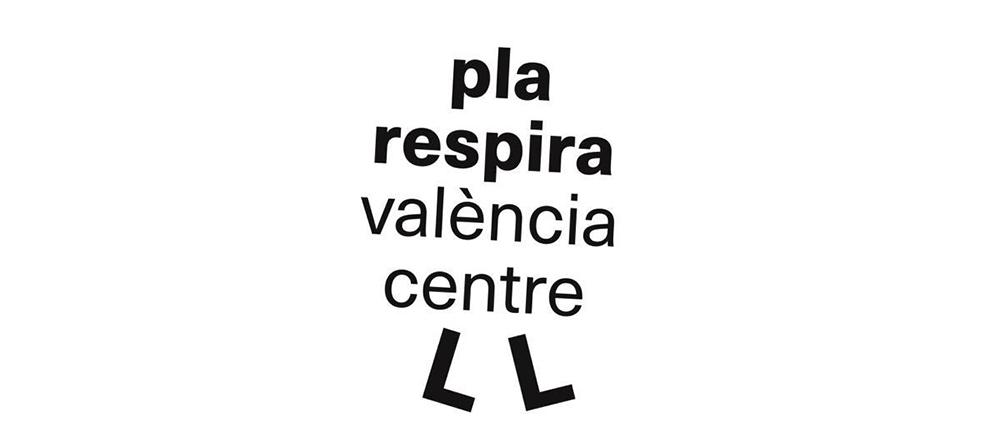 La nueva señalización de la plaza del Ayuntamiento de València se une al desastre