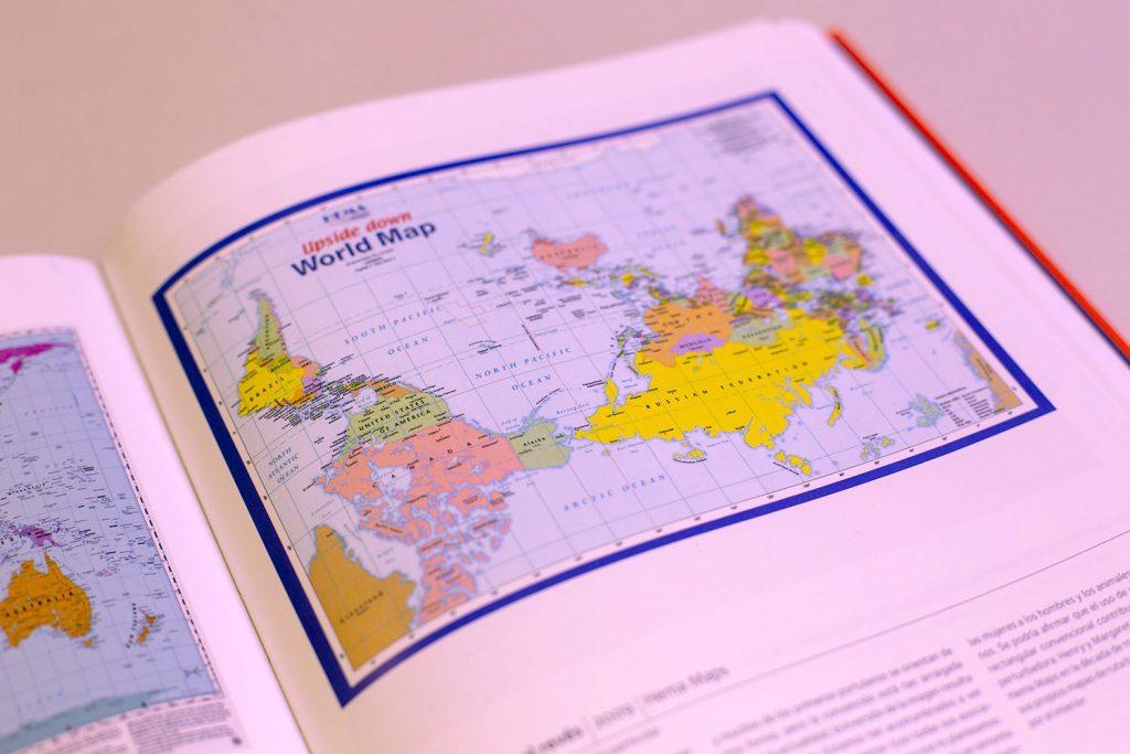 'Mapas: explorando el mundo', un libro para perderse y encontrarse. Libro de mapas.