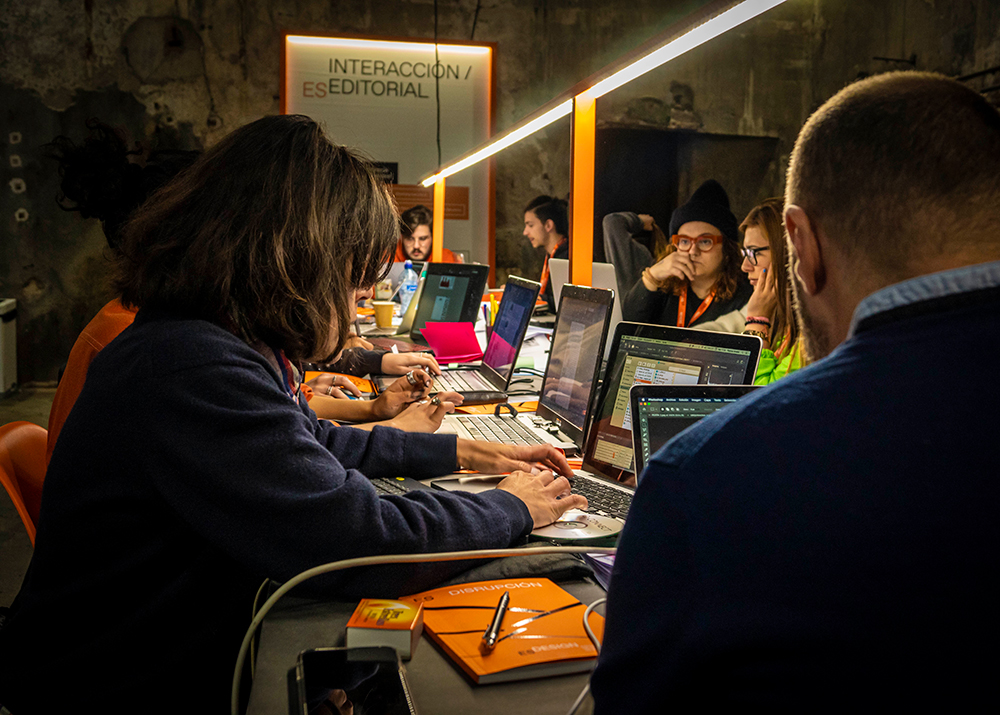 ¿Qué retos tienen las escuelas de diseño en la era postcovid? Hablamos con ESDESIGN