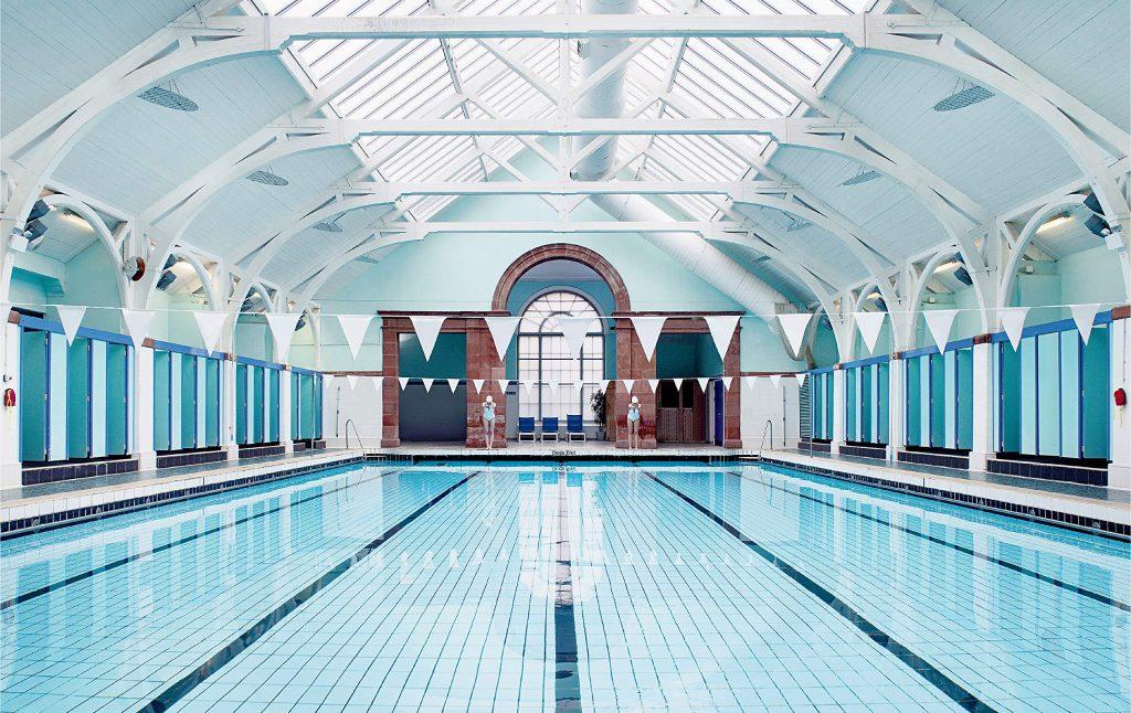 La imagen de la piscina que se incluye en el libro de Wally Koval