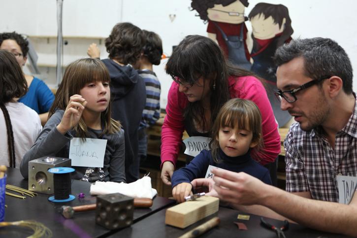 2Taller en el taller …For Kids, talleres de creatividad para poner niños en órbita