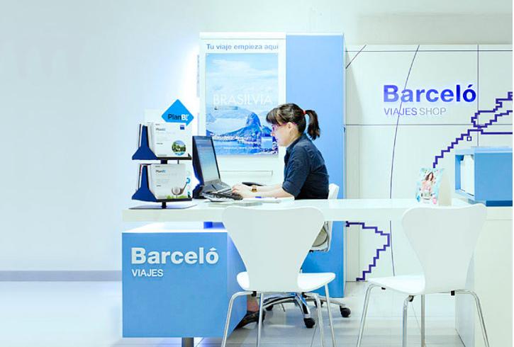 Erretres integra la identidad gr fica de barcel viajes for Oficina barcelo viajes