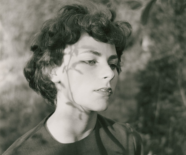 Emmet Gowin, retrato de la exposición dentro de PHE13