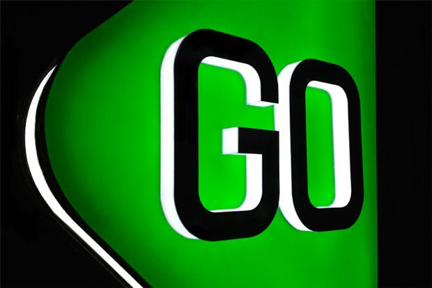 Marca Go diseñada por Saffron