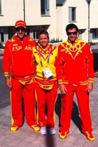 chandal equipo olimpico español 200x300 ¿Diseño olímpico u olímpica vergüenza?